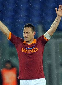 History for Totti in Roma win