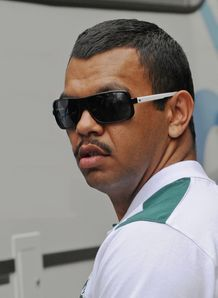Kurtley Beale shades