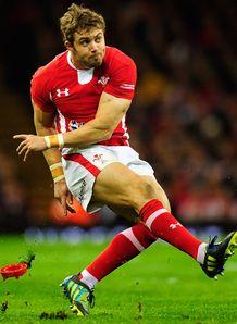 Leigh Halfpenny Wales v England 2013
