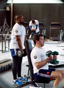 Mathieu Bastareaud and Florian Fritz in the gym