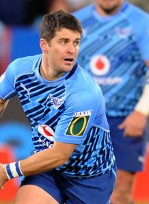 Morne Steyn passing for Bulls