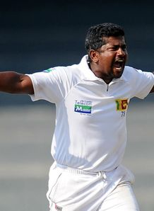Five-wicket haul pleases Rangana Herath as Sri Lanka bowl out Bangladesh