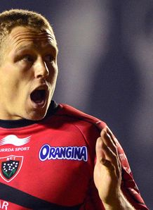 Toulon fly half Jonny Wilkinson reacts Top 14 2013
