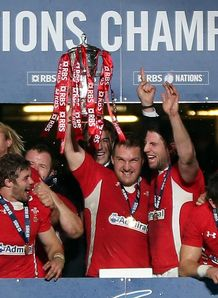 SKY_MOBILE Wales Six Nations trophy