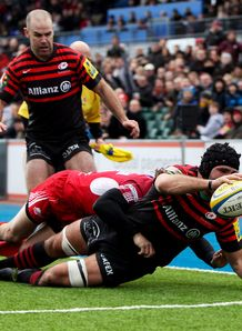 Will Fraser of Saracens scores a try v London Welsh