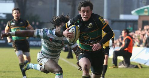 Jamie Elliott Northampton scoring a try against London Irish