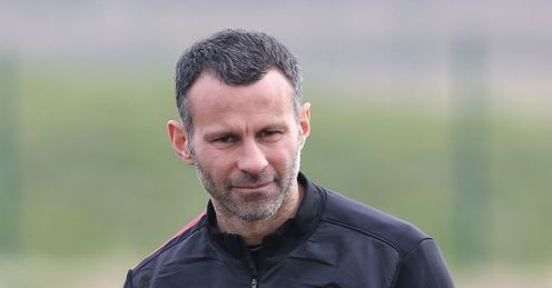RYAN GIGGS MANCHESTER UNITED CHAMPIONS LEAGUE TRAINING FOOTBALL