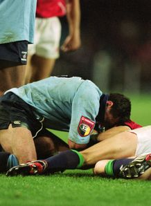 2001 - Duncan McRae left of the Waratahs with Ronan OGara right of the British Lions during the Tour Match