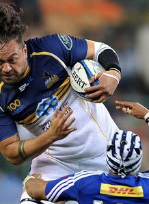 Brumbies number eight Fotu Auelua powering on