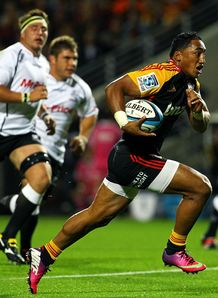 Bundee Aki breaks Chiefs v Sharks 2013