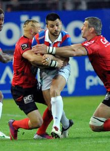 Grenoble s French fly half Jonathan Pelissie v Toulon