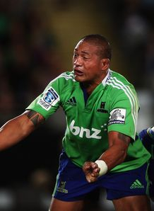 Mose Tuiali i Highlanders v Blues 2013