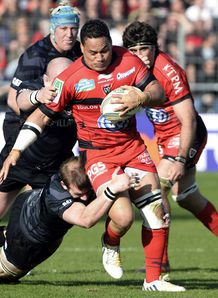 Toulon number eight Chris Masoe C v Leicester