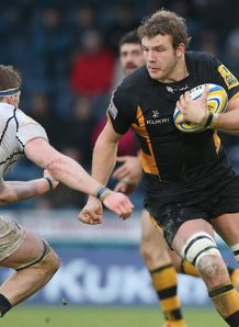 Wasps forward Joe Launchbury on a run