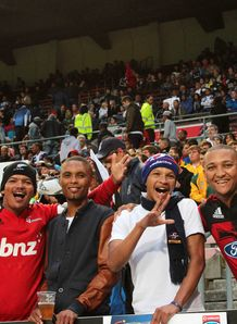crusaders fans at newlands