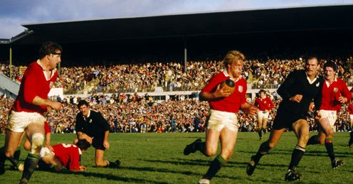1983 - Peter Winterbottom of the British Lions makes a break during the second Test against New Zealand