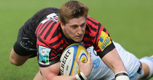 David Strettle of Saracens scores a try