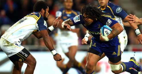 Ma a Nonu with ball Highlanders Super Rugby