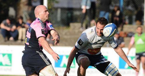 Stade Francais Felipe Contepomi L passes v agen