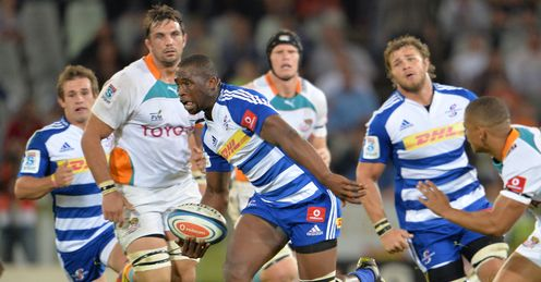 Stormers flanker Siya Kolisi on a run