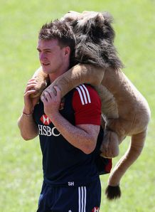 Stuart Hogg with BIL on his back