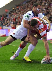 Super League: Wigan injury concern over Matty Smith
