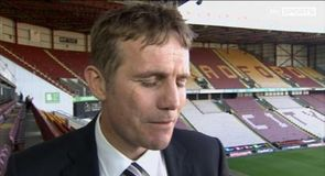 Parkinson signs new deal at Bradford