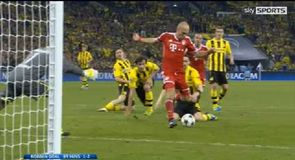 Robben hits late winner