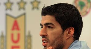 Suarez feels persecuted