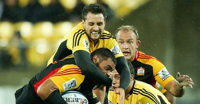 Chiefs win in wet Wellington