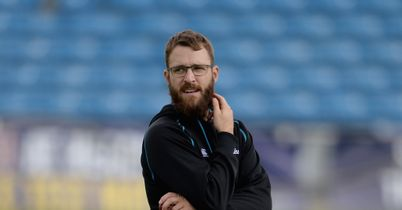 England v New Zealand: Tourists resist temptation to recall Daniel Vettori for Headingley Test