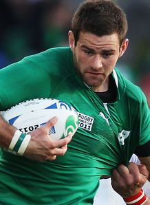 Fergus McFadden hat-trick seals easy Ireland win in Toronto