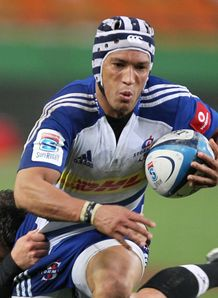 Gio Aplon of the Stormers v Kings