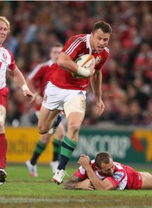 Tommy Bowe escapes Quade Cooper Lions v Reds