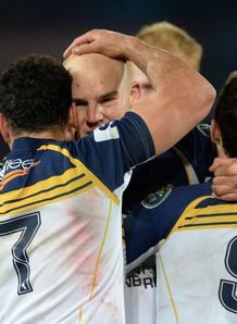 Brumbies celebrate semi final SR 2013