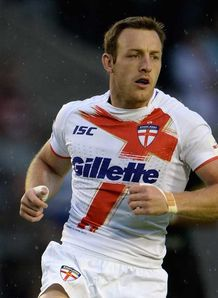 Super League: James Roby injures ankle as St Helens win at Castleford