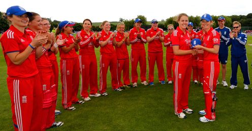 Natalie Sciver receiving her cap from England skipper Charlotte Edwards