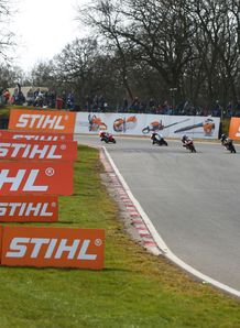 Super Bikes - Brands Hatch