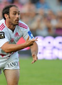 Stade Fran ais s French scrum half Julien Dupuy