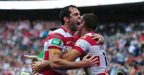 Wigan Warriors Iain Thornley right celebrates with Pat Richards