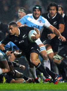 Rugby Championship: New Zealand too strong for Argentina in Hamilton