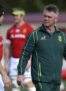 Heyneke Meyer walking at training