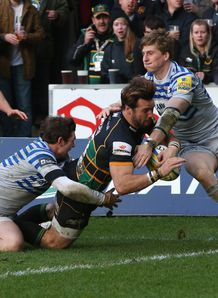 Ben Foden scoring for Northampton Saints