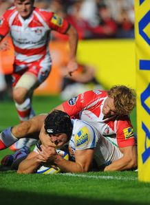 Dean Mumm scoring for Exeter Chiefs