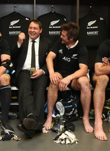 Steve Hansen chatting in the changing room