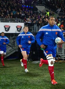 Thierry Dusautoir leading out France