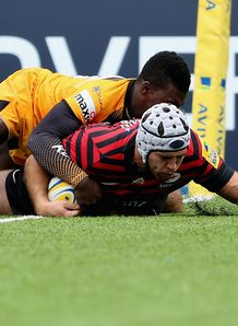 WILL FRASER OF SARACENS SCORES V LONDON WASPS