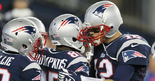 Tom Brady and the New England Patriots go in search of a fourth-straight win on Sunday