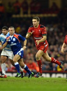 Dan Biggar passing for Wales