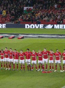 Dove Wales lineup